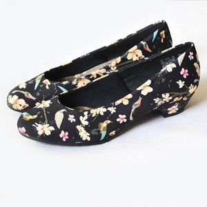 Soft Surroundings by Hush Puppies Floral Heel